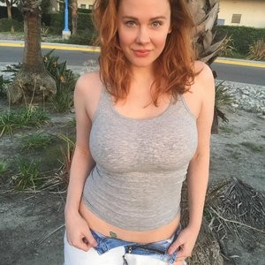Sexy Photos of Maitland Ward Baxter – Celeb Nudes