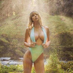 Sexy Photoset of Sara Underwood – Celeb Nudes