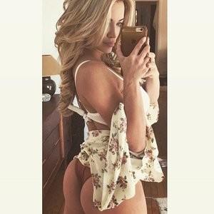 Sexy pics of Lindsey Pelas – Celeb Nudes