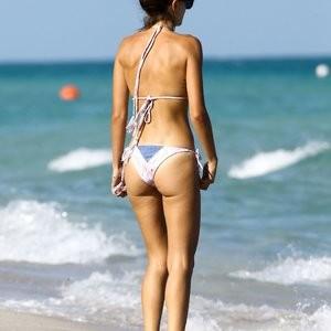 Seyma Subasi Celebrity Nude Pic sexy 001