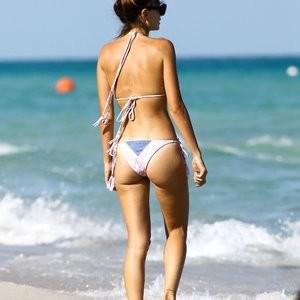 Seyma Subasi Nude Celebrity Picture sexy 002