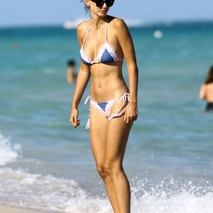 Seyma Subasi Naked Celebrity Pic sexy 006