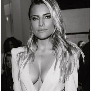 Sophia Thomalla Cleavage Photos – Celeb Nudes