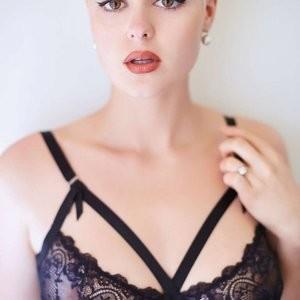 Stefania Ferrario nude Naked Celebrity Pic