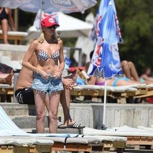 Stephanie Pratt Bikini – Celeb Nudes