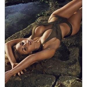 Sydney Maler sexy photos – Celeb Nudes