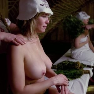 Topless Photos of Chelsea Handler – Celeb Nudes