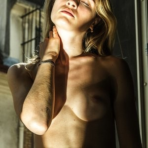 Topless Photos of Eva Biechy – Celeb Nudes