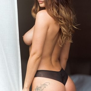 Topless Photos of India Reynolds – Celeb Nudes