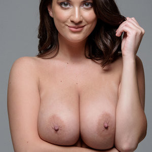 Topless Photos of Joey Fisher – Celeb Nudes