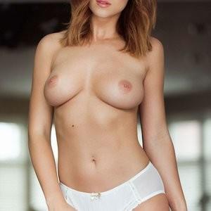 Topless Photos of Rosie Jones – Celeb Nudes
