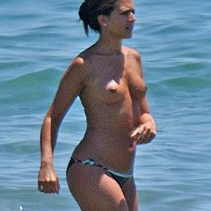 Topless photos of Vanessa Perroncel – Celeb Nudes