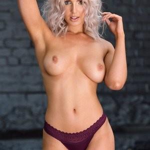 Topless Photoset of Lissy Cunningham – Celeb Nudes