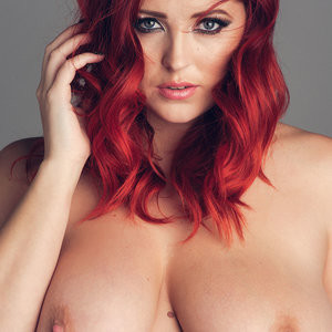Topless photoset of Lucy Collett – Celeb Nudes