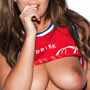 Topless photoshoot of Holly Peers – Celeb Nudes