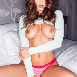 Topless photoshoot of India Reynolds – Celeb Nudes