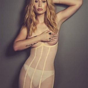 Topless pics of Iggy Azalea – Celeb Nudes