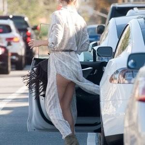 Upskirt Photos of Kate Hudson – Celeb Nudes