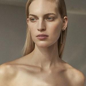 Vanessa Axente's Tasteful Boob-Flashing Photoshoot – Celeb Nudes