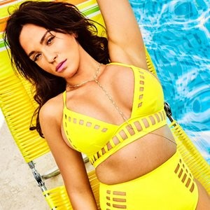 Vicky Pattison Chillaxing And Looking Seductive – Celeb Nudes