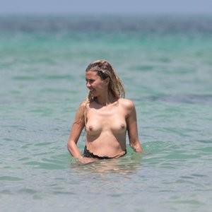 Victoria Bonya Is Completely Naked On A Beach – Celeb Nudes