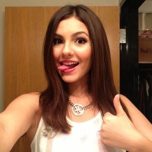 Victoria Justice naked Naked Celebrity Pic