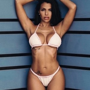 Vida Guerra: All About That Ass - Celeb Nudes