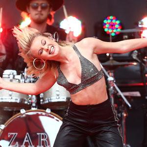 Zara Larsson Free Nude Celeb sexy 008